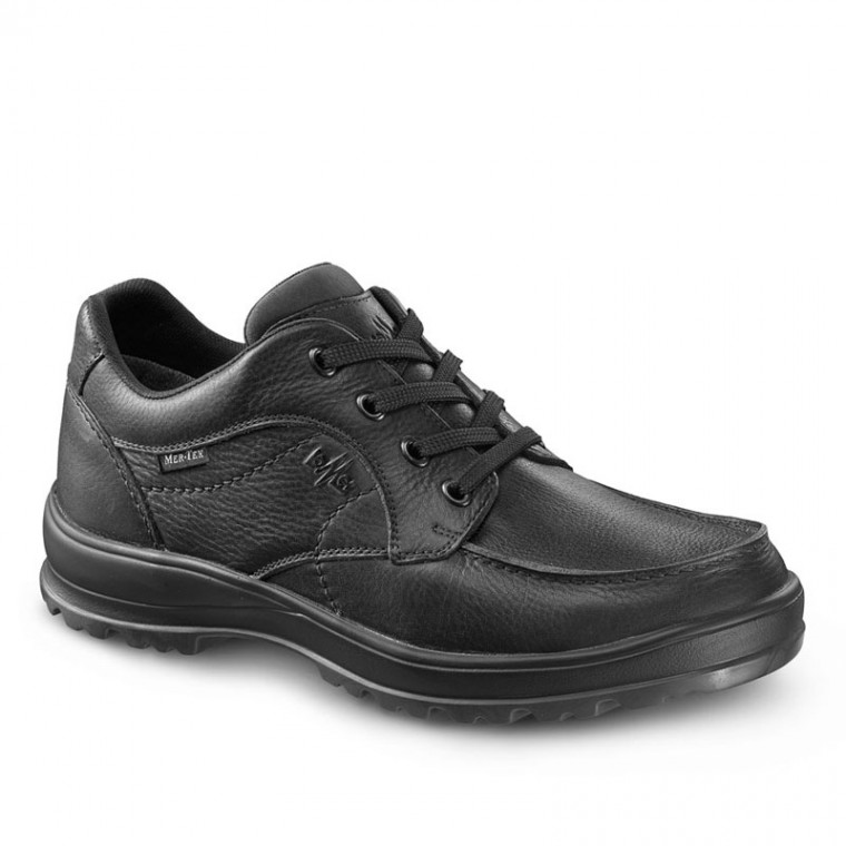 Oxford Black – Street